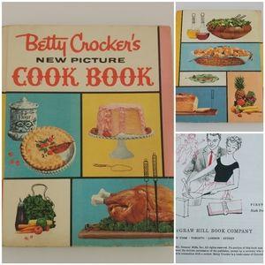 VTG 1st Edition 1961 Betty Crocker Cookbook
